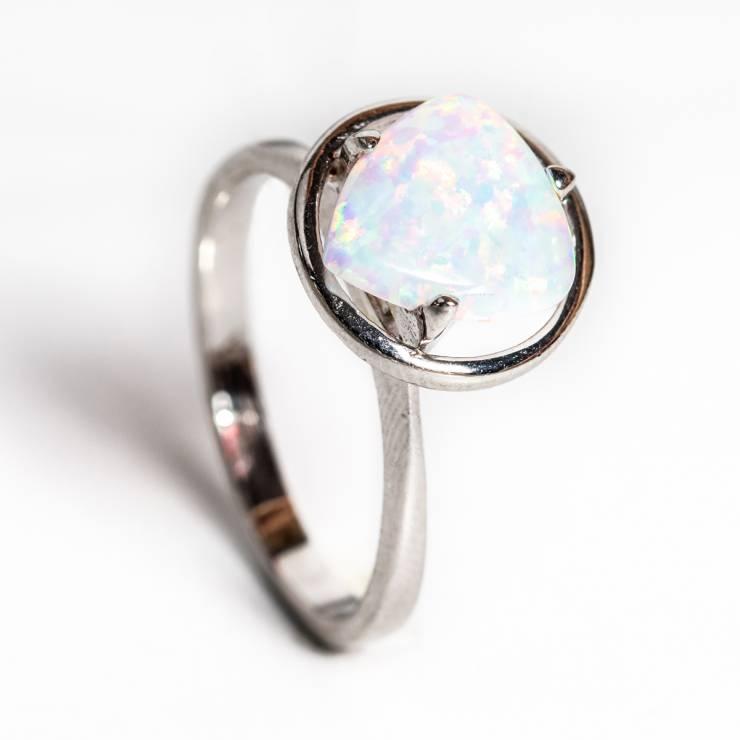 Inel opal alb 89 lei (size 15,17,18)